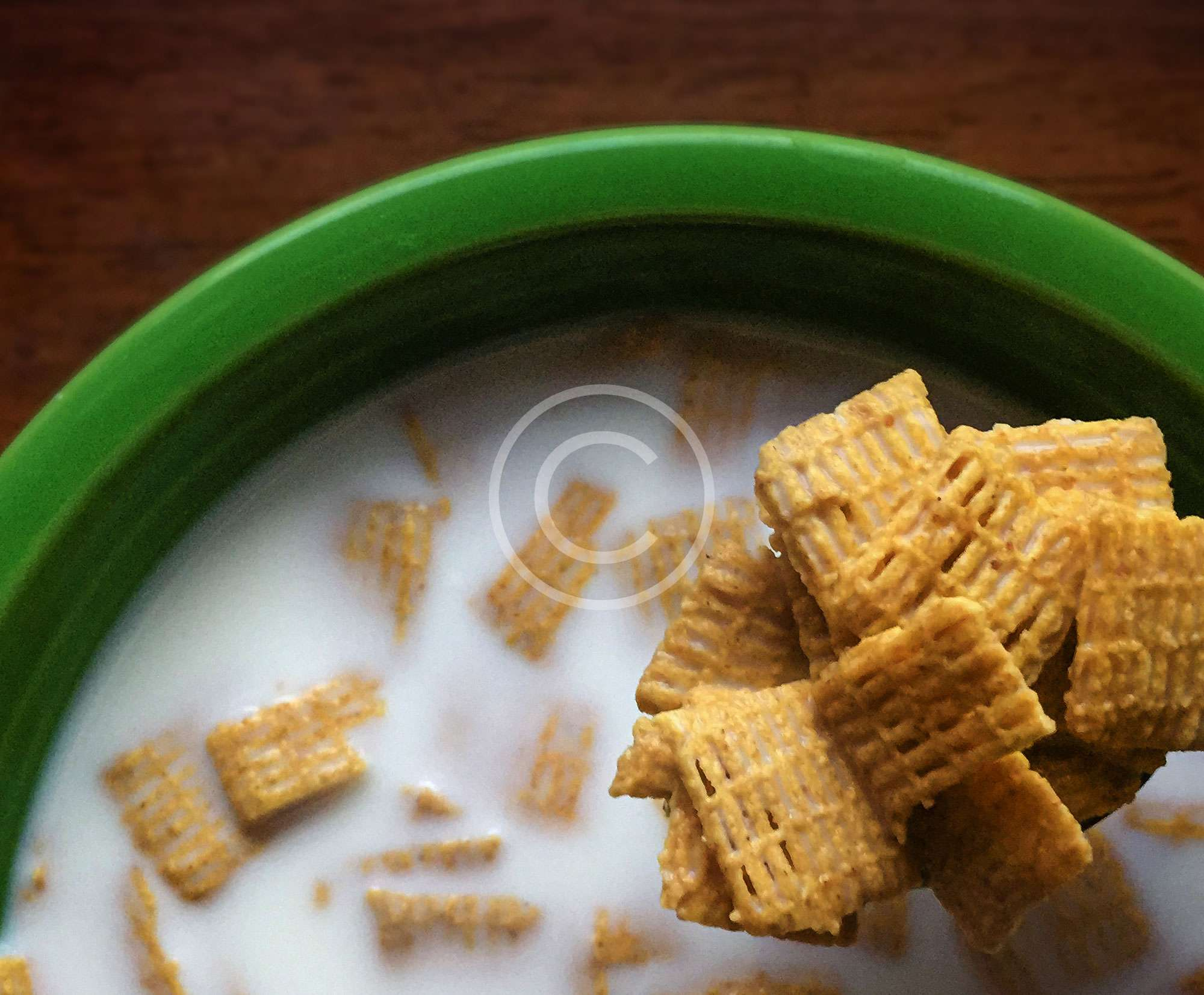 Corn Waffles in Raw Milk